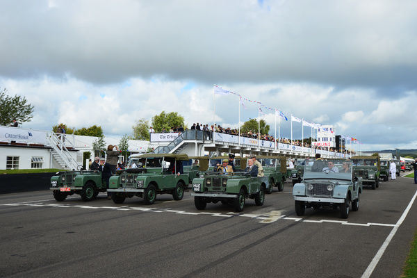 Centre steer, Land Rover, Land Rover Parade, Goodwood Revival 2015, Defender, Goodwood, Goodwood Revival, Goodwood Revival 2015, Land Rover, revival, 4x4, Centre steer, Defender, Dunsfold collection, four by four, Goodwood, Goodwood Revival