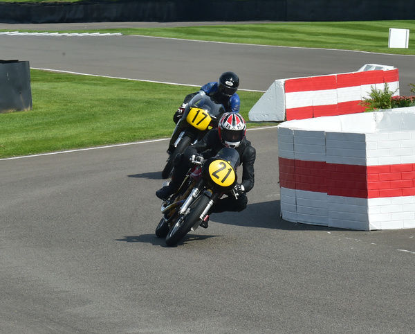 Sebastian Perez, Bernard Murray, Matchless G50, Barry Sheene Memorial Trophy, classic bikes, Goodwood, Goodwood Revival, Goodwood Revival 2015, historic bikes, historic cars, Historic Racing, Lord March, nostalgia, revival, West Sussex, motor bike racing