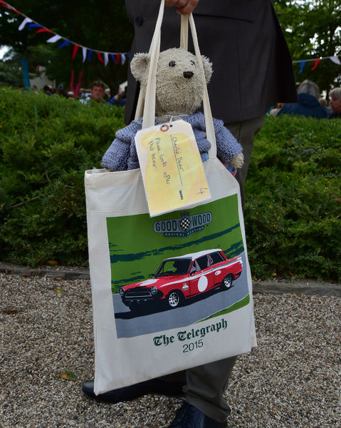 Charlie the bear, Goodwood Revival 2015, 2015, Charlie the bear, classic cars, Goodwood, Goodwood Revival, Goodwood Revival 2015, historic cars, historic racing, Lord March, Nostalgia, Revival, West Sussex