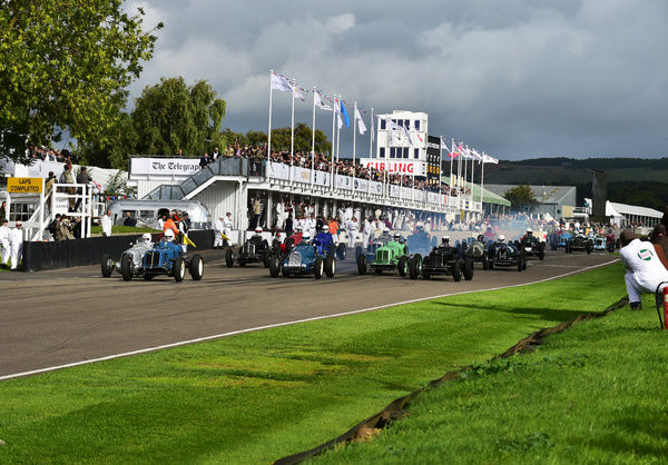 The start, Goodwood Trophy, Goodwood Revival 2015, 50's, 60's, 2015, Chris McEvoy, CJM Photography, classic cars, Fifties, Goodwood, Goodwood Revival, Goodwood Revival 2015, historic cars, Historic Racing, Lord March, nostalgia, revival, sixties