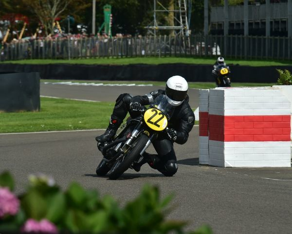 Joaquin Folch-Rusinol Jnr, Ivo Viscasillas, Manx Norton 500, Barry Sheene Memorial Trophy, Goodwood Revival 2015, 2015, Barry Sheene Memorial Trophy, classic cars, Goodwood, Goodwood Revival, Goodwood Revival 2015, historic cars, Historic Racing