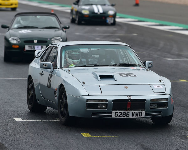 Jakob Ebrey, Porsche 944, VSCC, Pomeroy Trophy, Silverstone, 16th February 2019, cars, competition, February, Fun, historic cars, iconic, motor sport, motorsport, nostalgia, outdoors, Pomeroy trophy, pre-war, retro, saloon cars, Silverstone