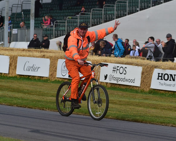That's all folks, Time to go home, marshal on a bicycle, Goodwood Festival of Speed, 2019, Festival of Speed, Speed Kings, Motorsport's Record Breakers, July 2019, Motorsports, automobiles, cars, entertainment, Festival of Speed