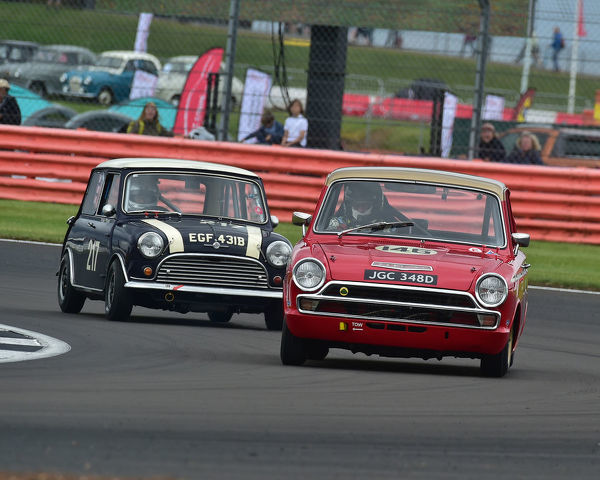 CM29 1571 Henry Mann, Desmond Smail, Ford Lotus Cortina