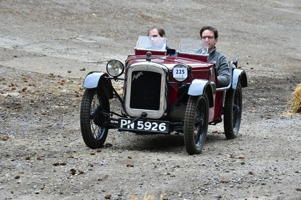 Nicholas Coates, Austin 7 Ulster, PN 5926, VSCC Brooklands Double 12 2014, Brooklands, double 12, Double twelve, Historic Racing, nostalgia, old cars, old racing cars, racing cars, Test Hill, view from the top, Vintage Sports Car Club