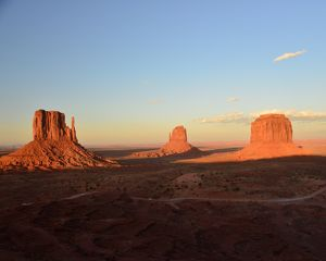 CJ3 3481 Sunset Monument Valley