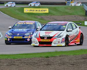 CJ6 1241b Matt Neal, Honda Civic Type R, Andrew Jordan, MG 6GT