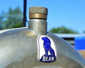 CJ6 8621 Bean car badge