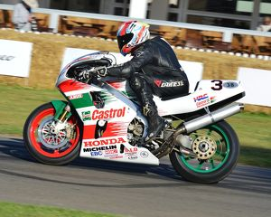 CJ6 9280 Clive White, Honda RC45
