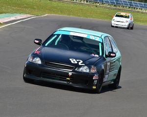 CM12 7406 Luke Harvey, Honda Civic 1600