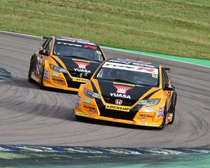 CM15 9675 Matt Neal, Honda Civic Type R, Gordon Shedden, Honda Civic Type R