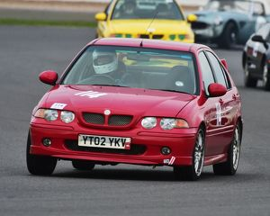 CM17 7104 Mark Elder, MG ZS180