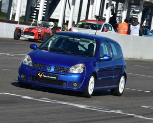 CM17 8500 Andy Roshier, Renault Clio 172