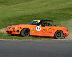 CM18 6096 Simon Orange, Mazda MX-5