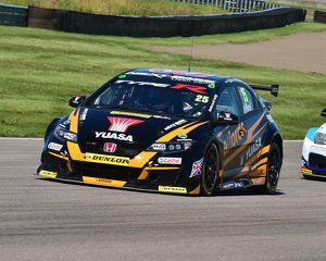 CM21 0178 Matt Neal, Honda Civic Type R