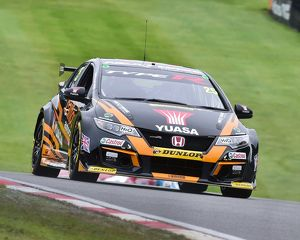CM21 5154 Matt Neal, Honda Civic Type R