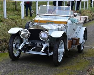 motorsport 2018/vscc new year driving tests brooklands/cm22 3105 ms katie forrest rolls royce silver