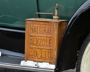 CM22 3167 National Benzole, Petrol Can