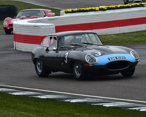 CM22 6918 Richard Meins, Rob Huff, Jaguar E-Type FHC