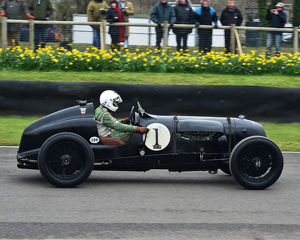 CM22 7006 William Medcalf, Bentley Pacey Hassan Special