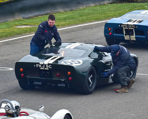 CM22 7133 John Young, Ford GT40