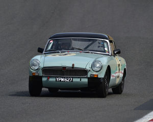 motorsport 2019/masters historic festival brands hatch 2019/cm28 0458 niall sinclair mgb