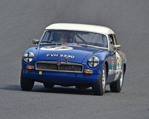 motorsport 2019/masters historic festival brands hatch 2019/cm28 0517 olivia wilkinson rupert west mgb