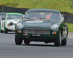 motorsport 2019/masters historic festival brands hatch 2019/cm28 1656 rob smith mgb
