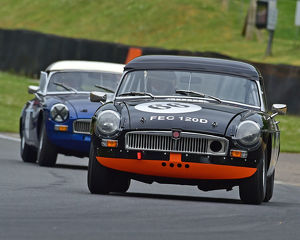 motorsport 2019/masters historic festival brands hatch 2019/cm28 1658 rob johnson ed barton hilton mgb