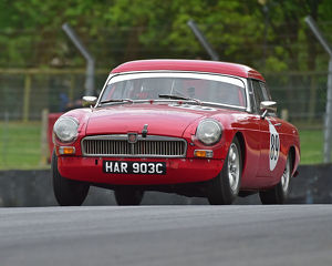 motorsport 2019/masters historic festival brands hatch 2019/cm28 1804 simon barker mgb