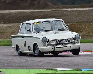 CM6 8312 Nigel Cox, Ford Lotus Cortina