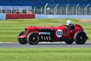 CM7 2049 Christopher Williams, Napier Bentley