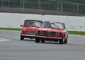 Paul Hopkinson, Alfa Romeo Giulia Sprint, vs Timothy Brook, Austin Mini Cooper,